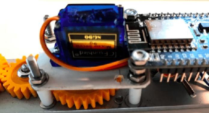mikro servomotor